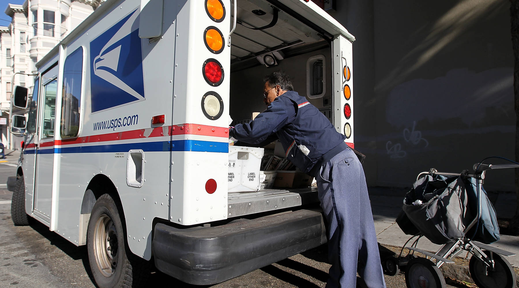 Special delivery from Amazon and USPS: Sunday packages