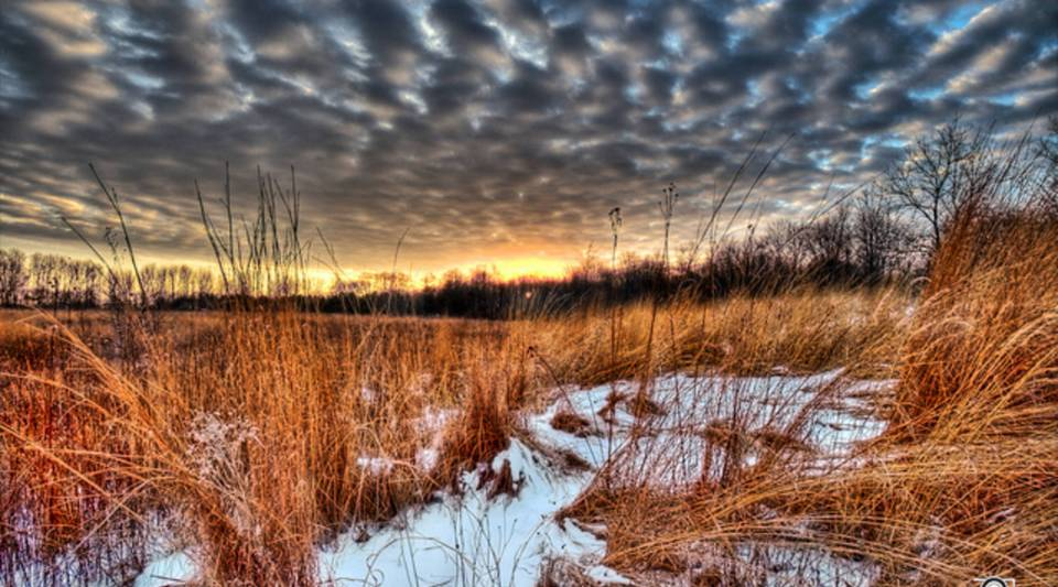 A wInter sky at sunset over Sugarcreek MetroPark in the Dayton, Ohio, area.