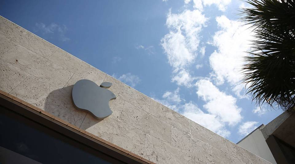 One of Apple's most vocal investors has sold all his shares.