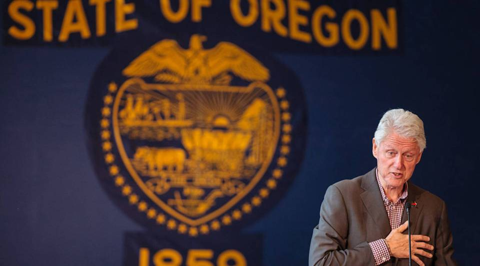 Former President Bill Clinton speaks at Central Oregon Community College in support of democratic presidential candidate Hillary Clinton on May 5, 2016, in Bend, Oregon.