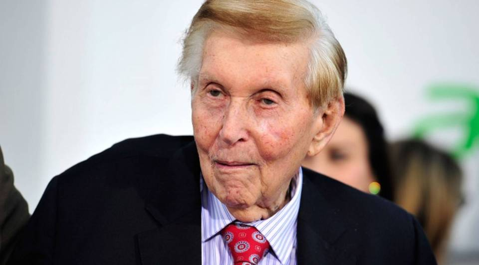 Sumner Redstone in a 2013 photo. Viacom's board voted Wednesday to stop paying his salary.