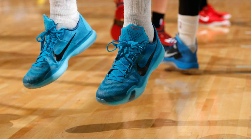 One analyst says that Nike's problem is its focus on basketball shoes.