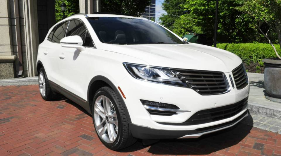 A view of the Lincoln MKC.
