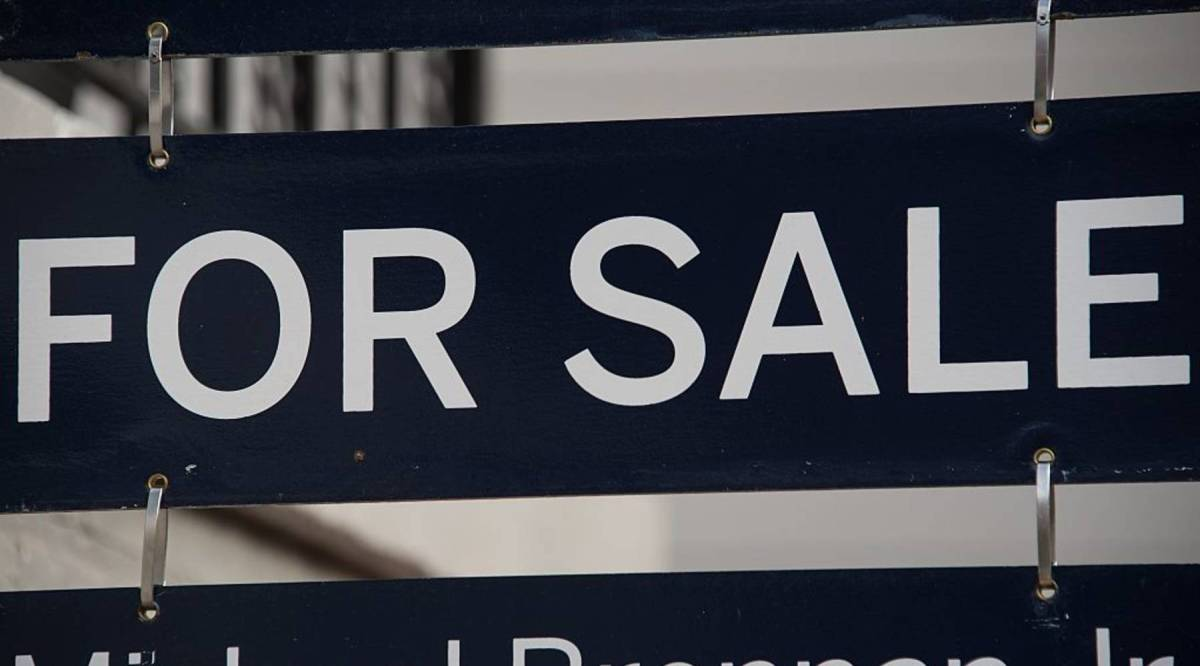 House bidding wars fall to a 10-year low