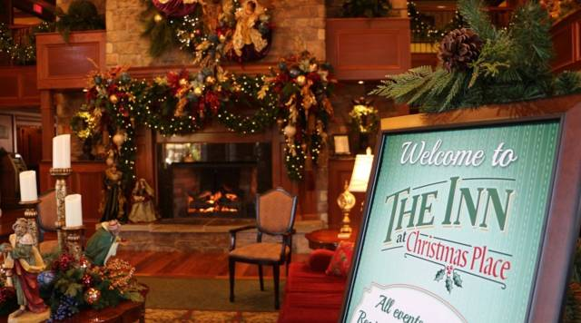 Inn At Christmas Place.Gatlinburg Looks To Holiday Tourism As It Recovers From Fire