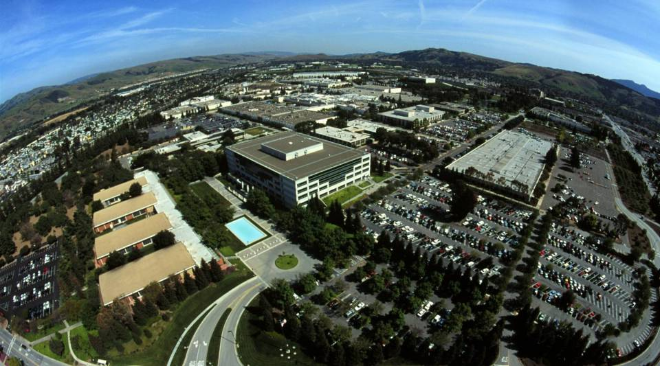 An aerial view shows the Silicon Valley location of IBM in San Jose, California April 21, 2000.