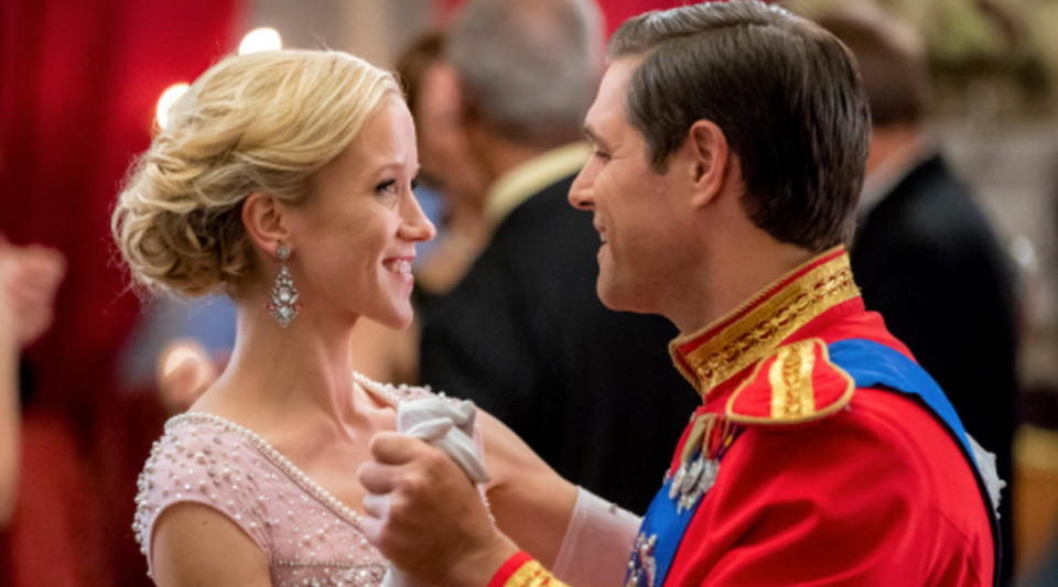 "Move over ""A Christmas Prince,"" there is a new prince in town. This weekend, Hallmark will air one of its 2017 holiday movies: ""Royal New Year's Eve."""