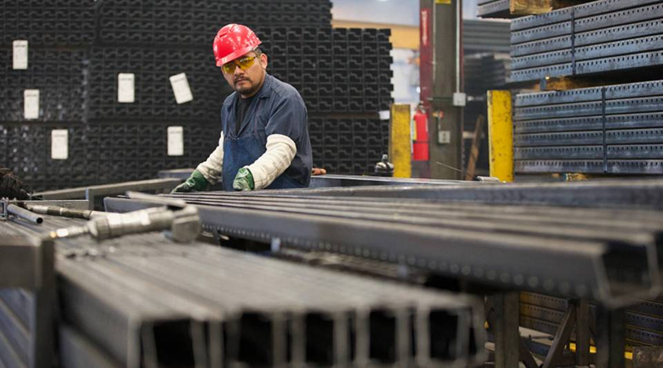 Hannibal Industries is the largest manufacturer of steel pallet racks in the United States.