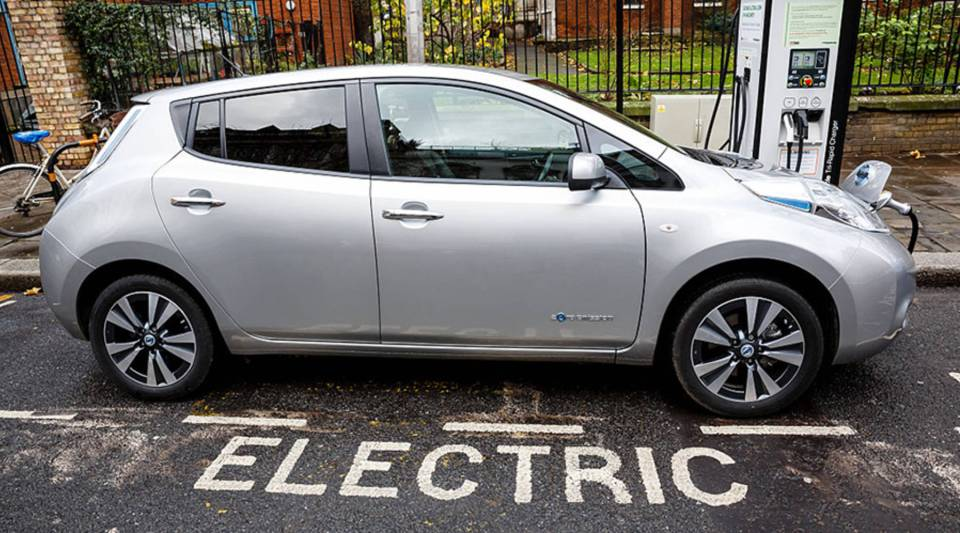 Go Ultra Low Nissan LEAF on charge on a London street.