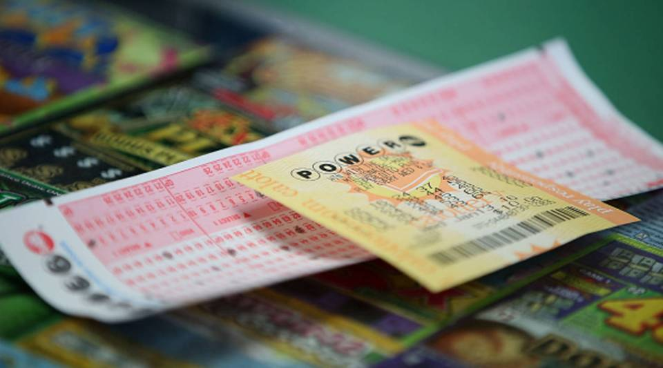 A Powerball ticket sits on the counter at Kavanagh Liquors on January 13, 2016 in San Lorenzo, California. Dozens of people lined up outside of Kavanagh Liquors, a store that has had several multi-million dollar winners, to -purchase Powerball tickets in hopes of winning the estimated record-breaking $1.5 billion dollar jackpot.