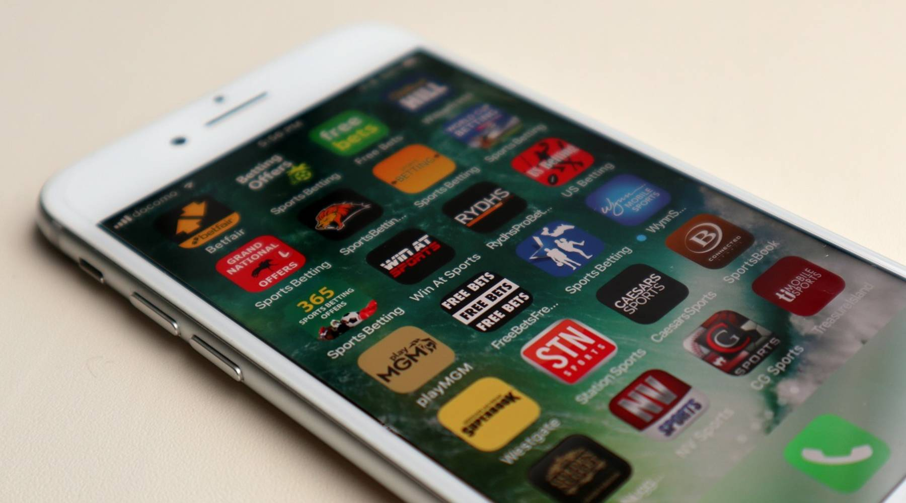 Mobile phones could make sports betting more accessible — and addictive -  Marketplace