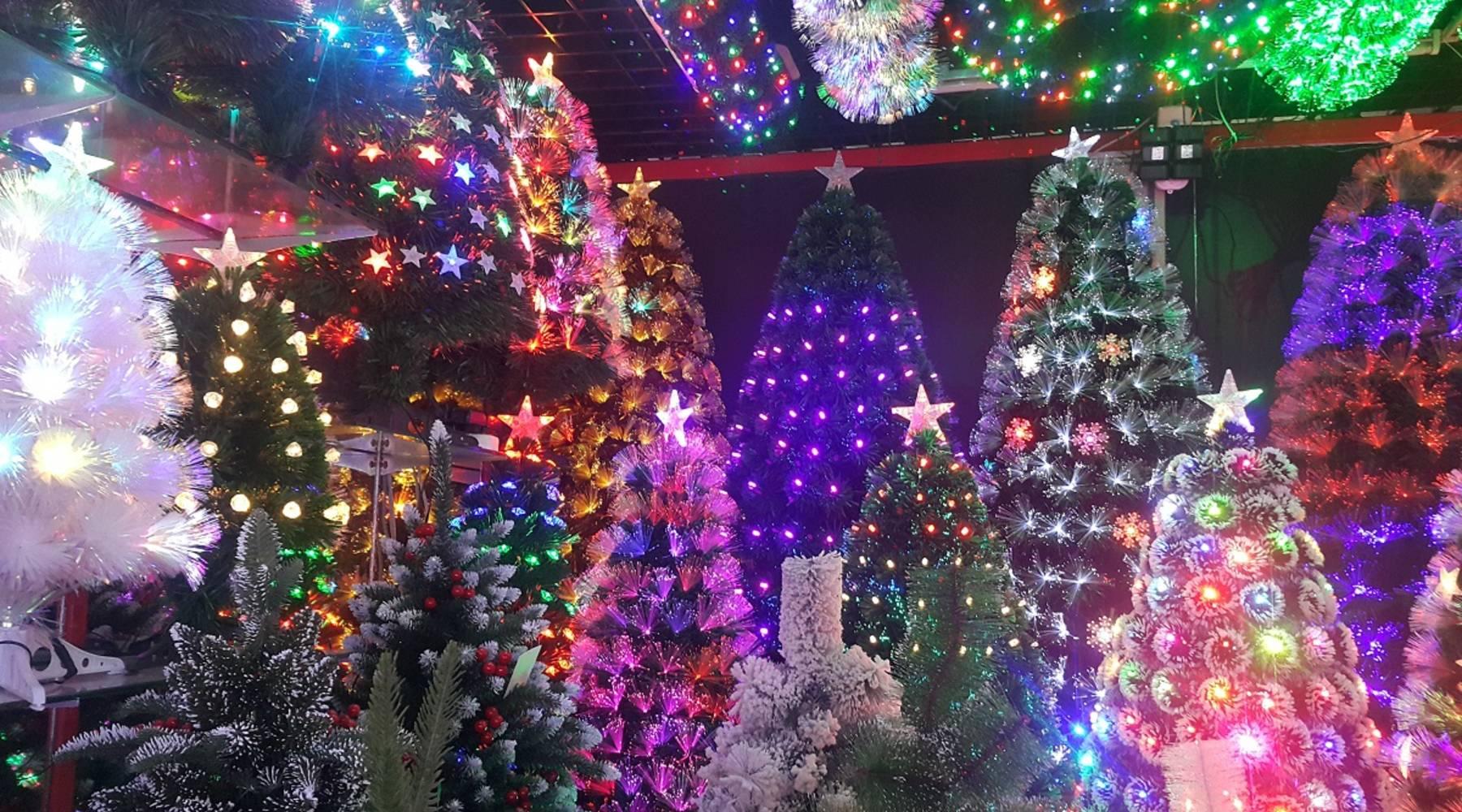 U S China Trade Tensions Worry Christmas Exporters