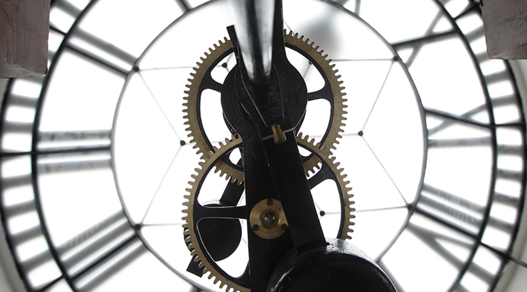 Time may be up for timekeeping radio stations - Marketplace