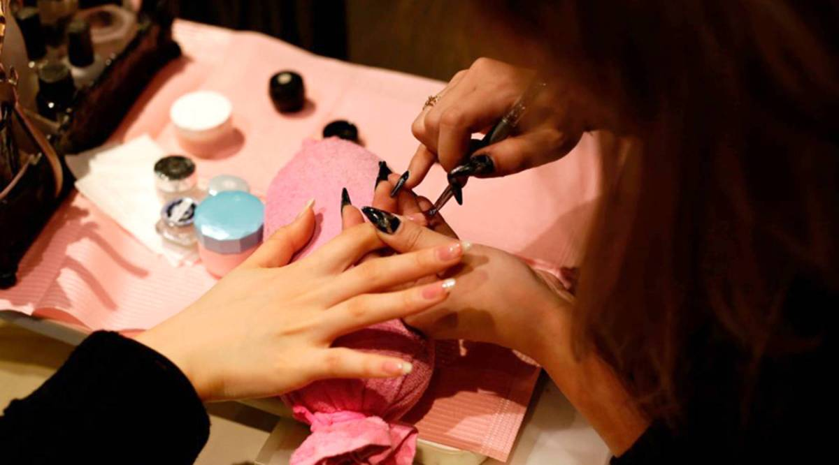 As the nail salon industry booms, its workers pay the price - Marketplace
