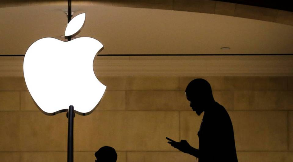 Some experts consider Apple a bellwether for the stock market.