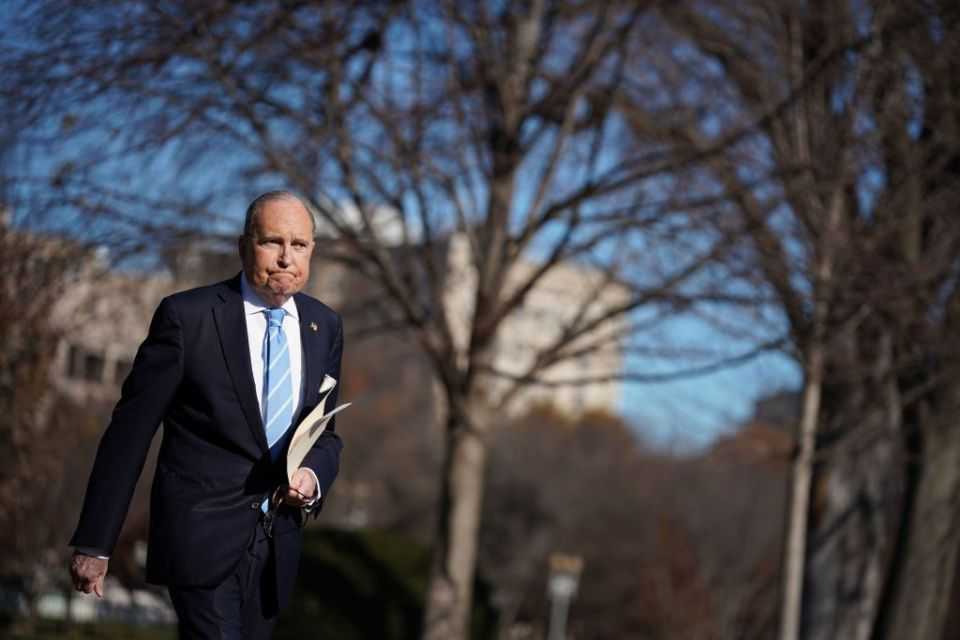 Director of the National Economic Council Larry Kudlow arrives to speak with reporters outside of the White House in Washington, DC on December 3, 2018. (Photo by MANDEL NGAN / AFP)        (Photo credit should read MANDEL NGAN/AFP/Getty Images)