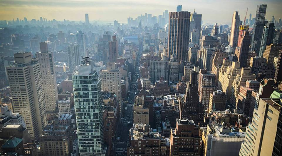 The median sales price for Manhattan property fell4.4 percent in 2018.