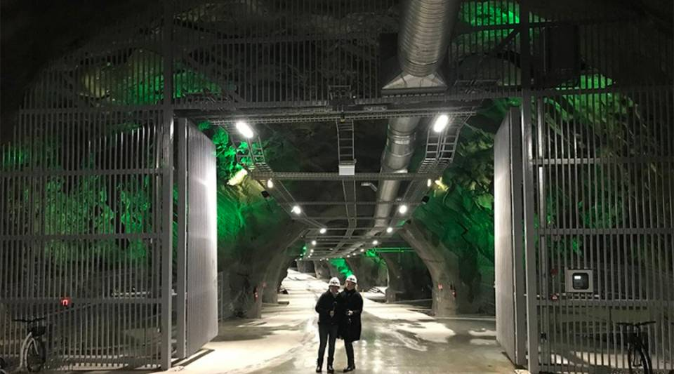 Katie Prescott and Sarah Treanor at the Lefdal mine data center in Norway.