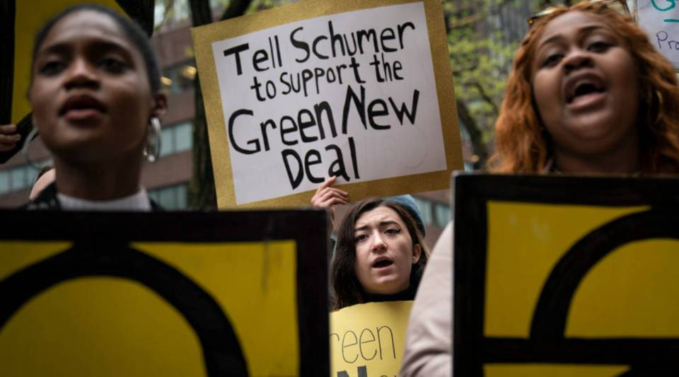 Activists rally in support of proposed 'Green New Deal' legislation outside of Senate Minority Leader Chuck Schumer's (D-NY) New York City office, April 30, 2019.
