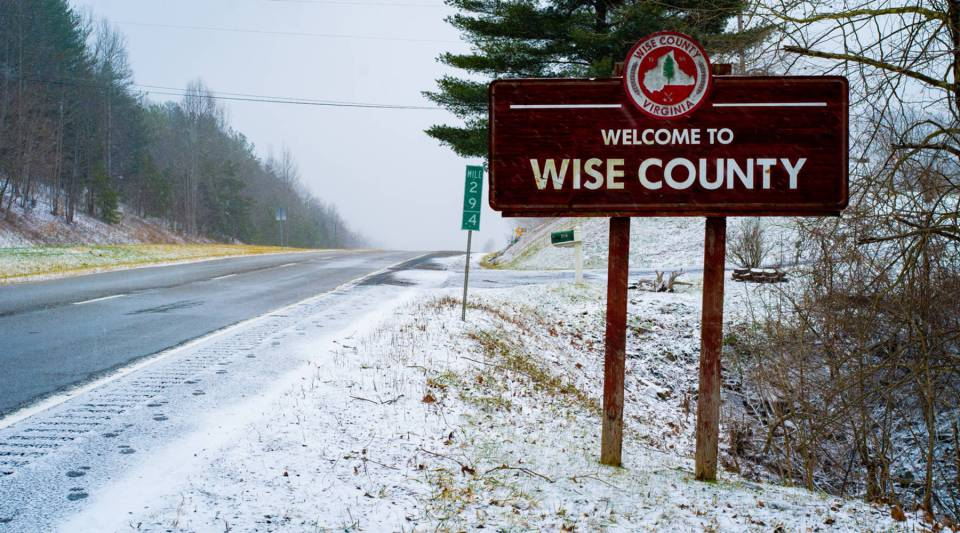 A snowy day in January at the Wise County line.
