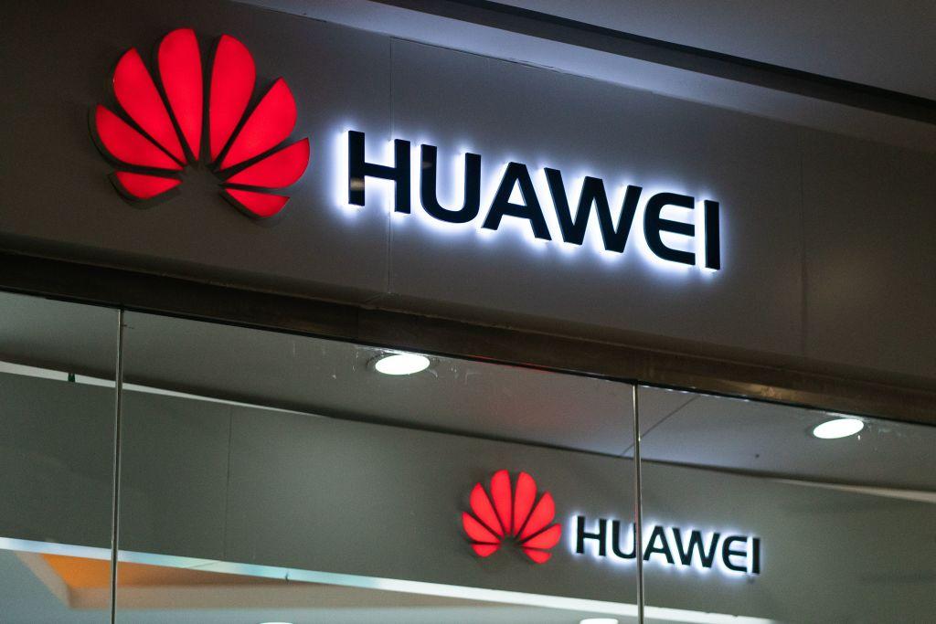 Huawei obstacles go global following U.S. blacklisting