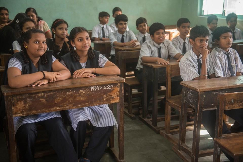 MUMBAI, INDIA - APRIL 10: School children attending virtual Class at Prabhadevi Municipal Secondary School, on April 10, 2018 in Mumbai, India. (Photo by Pratik Chorge/Hindustan Times via Getty Images)