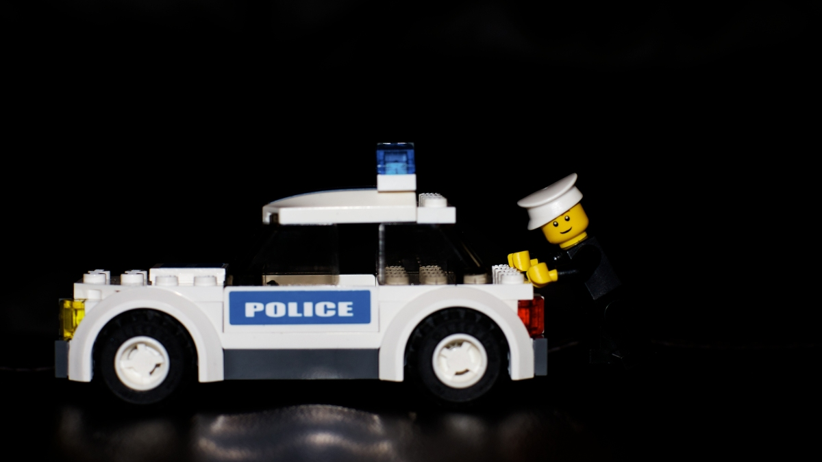 Lego addicts help fight fakes