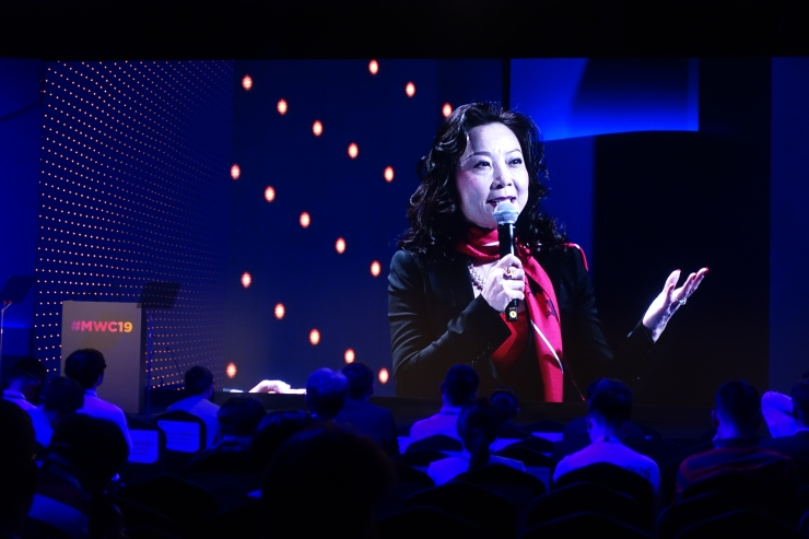 J.P. Morgan Chase's vice chairman of Asia Pacific, Jing Ulrich at the 2019 Shanghai Mobile World Congress said the ties between the American and Chinese economies are impossible to sever. Credit: Charles Zhang/Marketplace