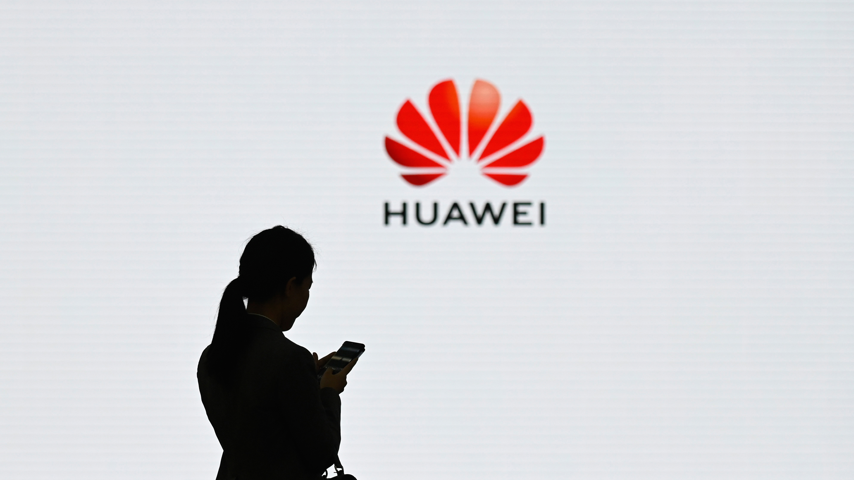 China wants to ban foreign computers and software from government offices