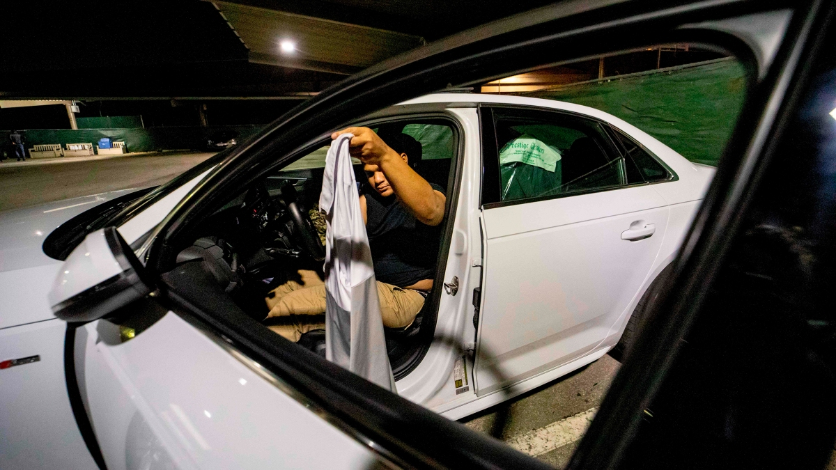 Parking lots as refuge for homeless college students - Marketplace