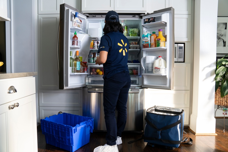 Walmart plans to start offering in-fridge deliveries for select customers.