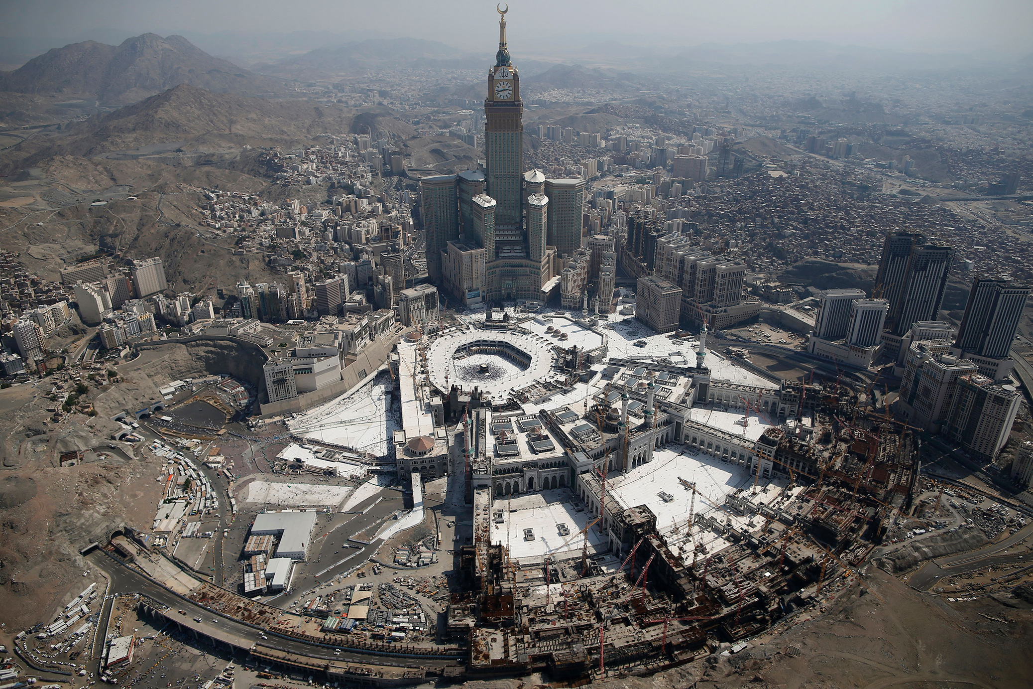 Why some Muslims are boycotting the hajj