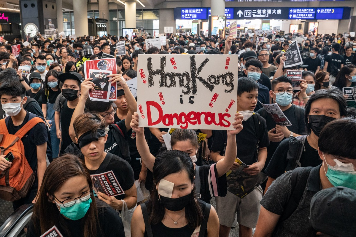 Hong Kong cancels flights as protests heat up