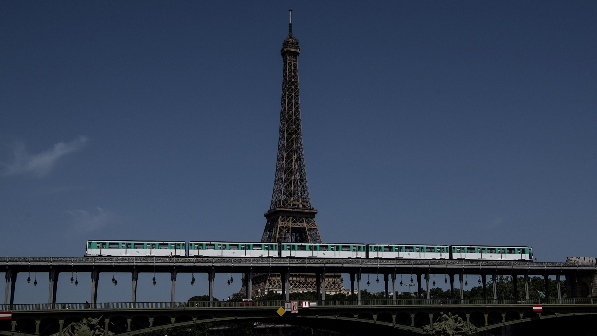 Paris hit by Metro strikes