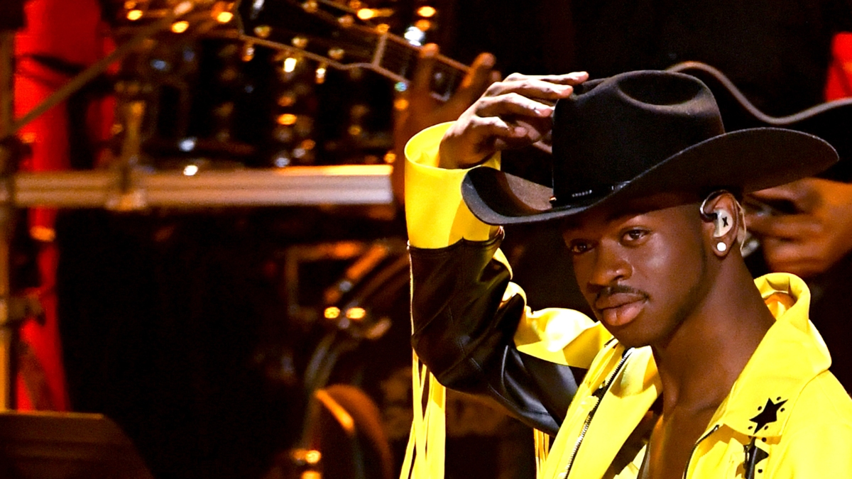 """The street cred of stealing an """"Old Town Road"""" sign"""