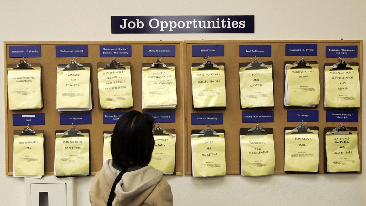 Nearly half of states could not cover unemployment insurance in a recession - Marketplace
