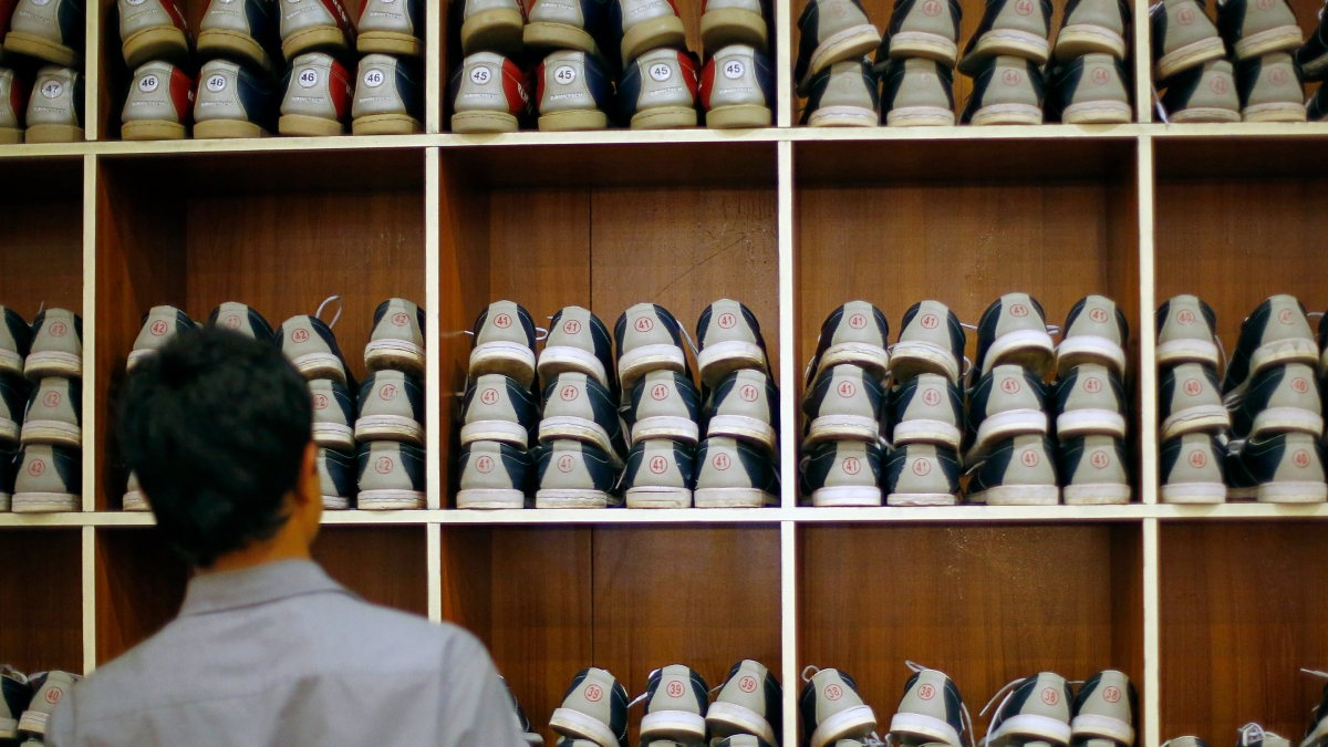 How bowling shoes help explain the repo market