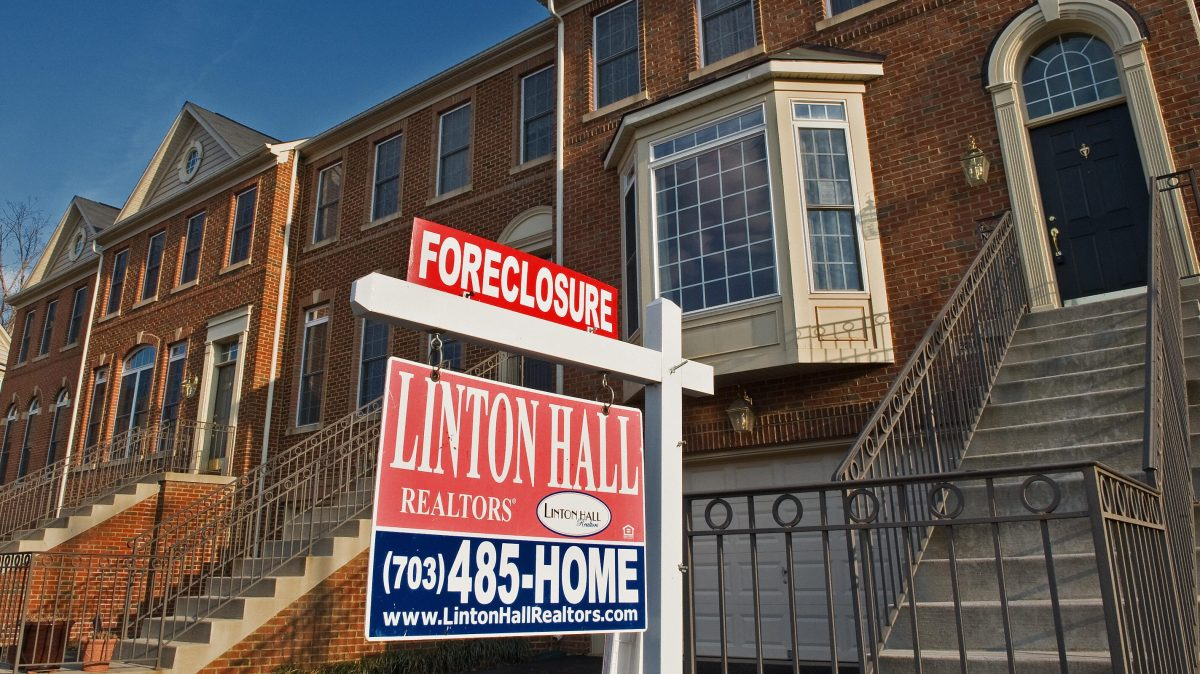 Who benefited from America's housing bust?