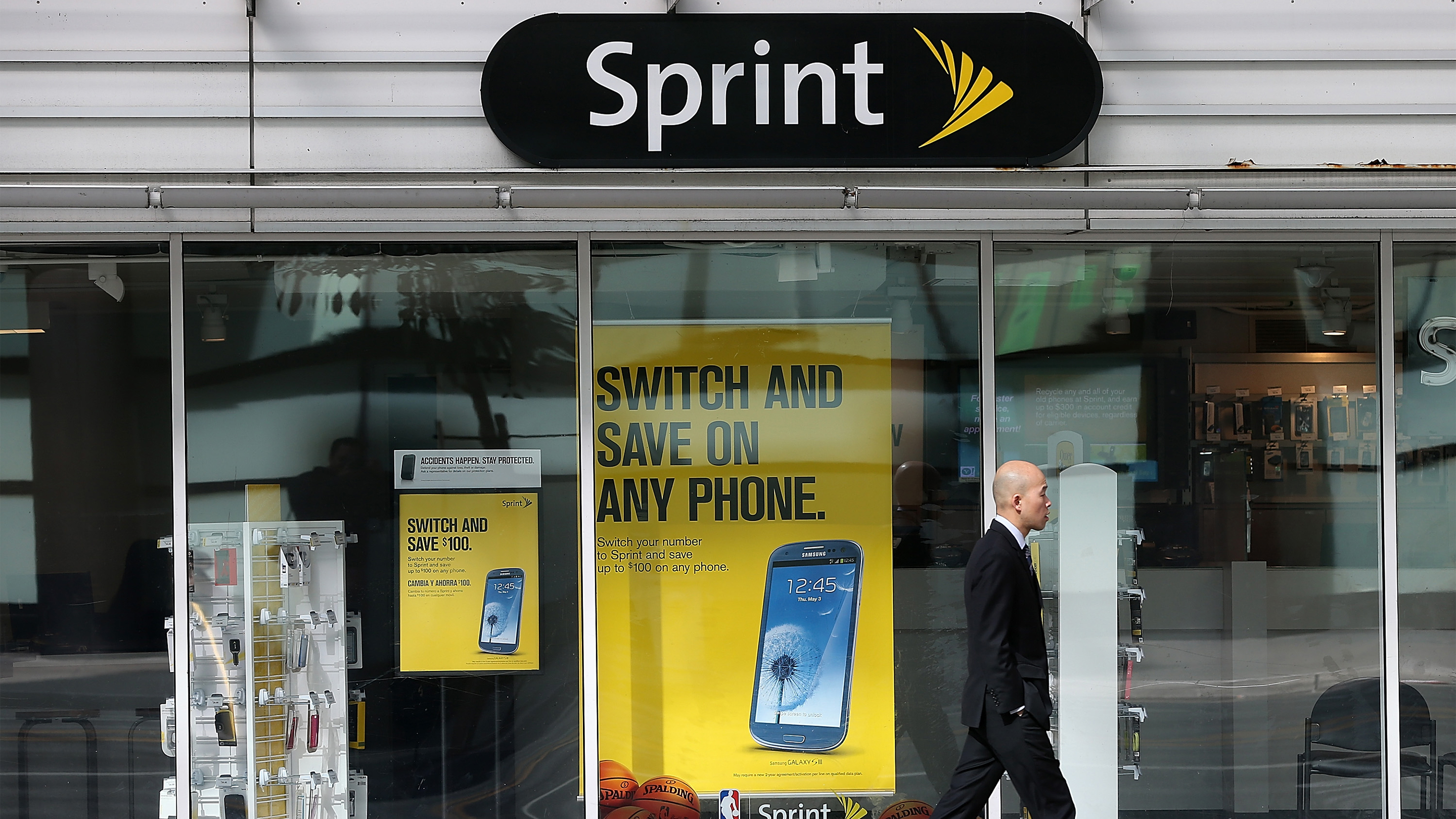 Sprint Roanoke Va >> Why Is The Sprint T Mobile Merger Taking So Long Marketplace
