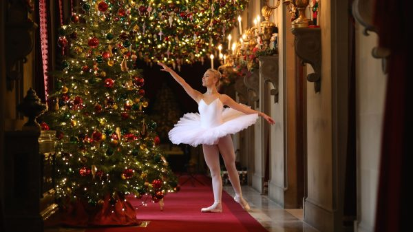 Ballet dancer Daisy Kerry, aged 17, from The Claire Dobinson School of Dance, poses for photographers as she recreates The Nutcracker in Chatsworth House, as the stately home's pantomine themed Christmas events are installed on November 4, 2016 in Chatsworth, England.