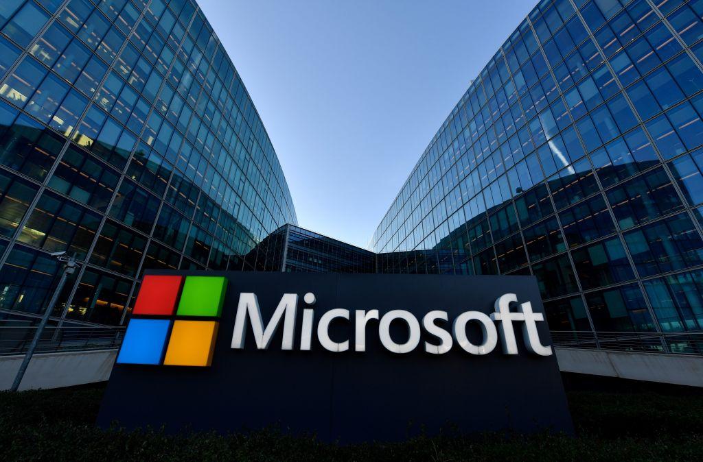 Microsoft taking a $1 billion shot at climate change