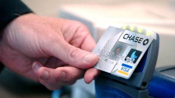 El Dorado Credit Card >> Chase To Hike Fee For Premium Credit Card Add Lifestyle
