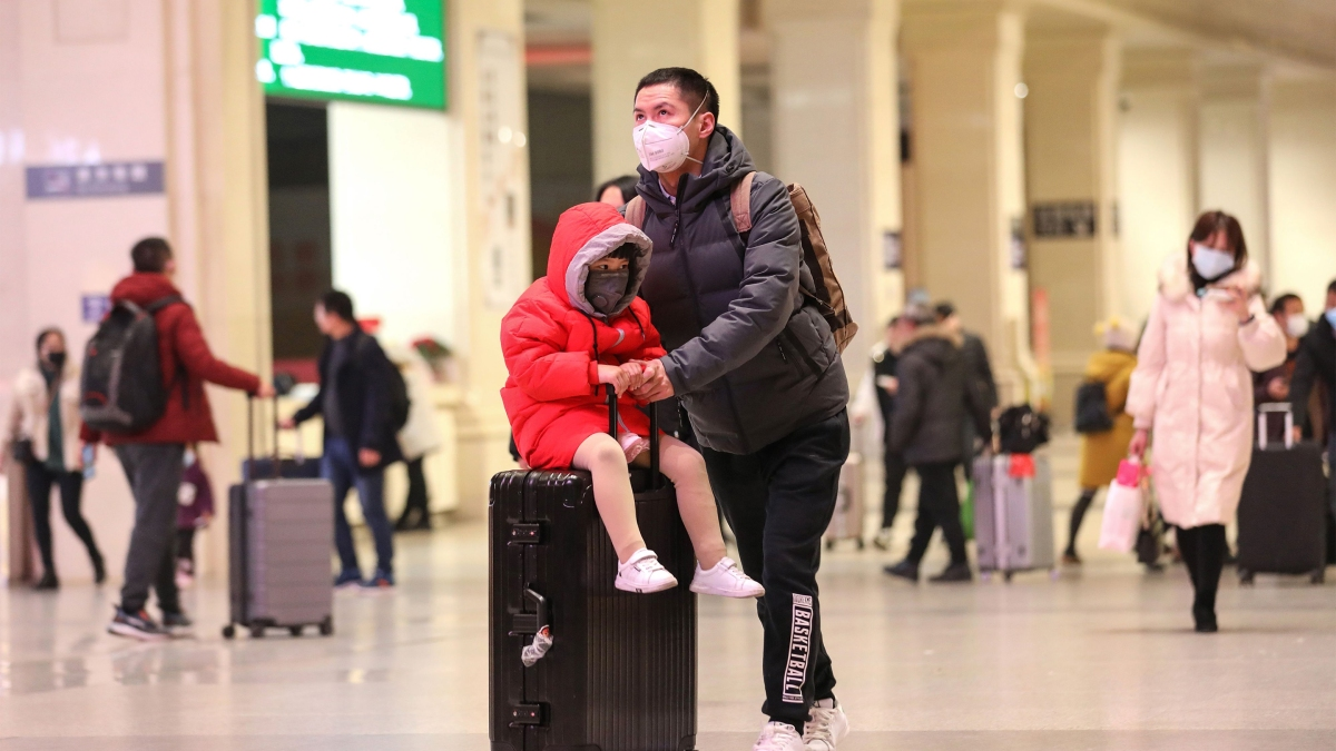 Chinese workers are staying home because of coronavirus