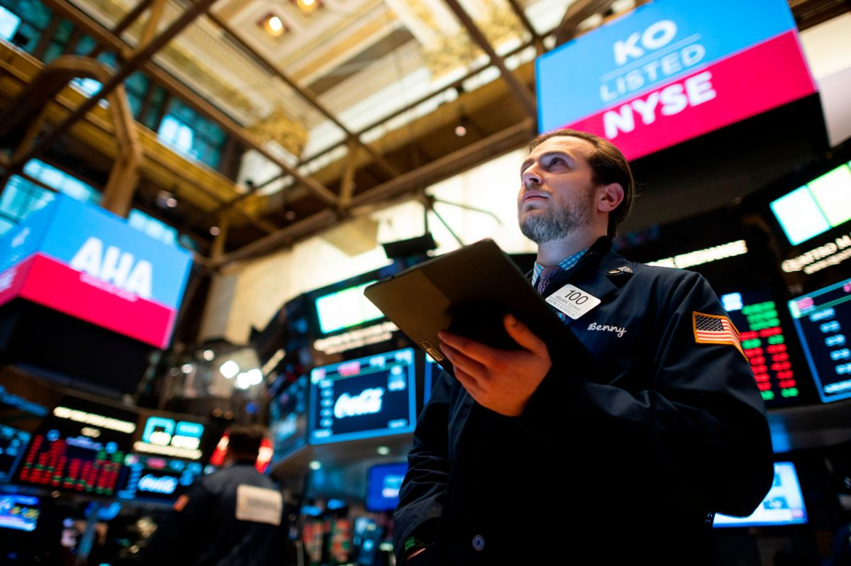 What to do when the markets plummet and you're nearing retirement - Marketplace