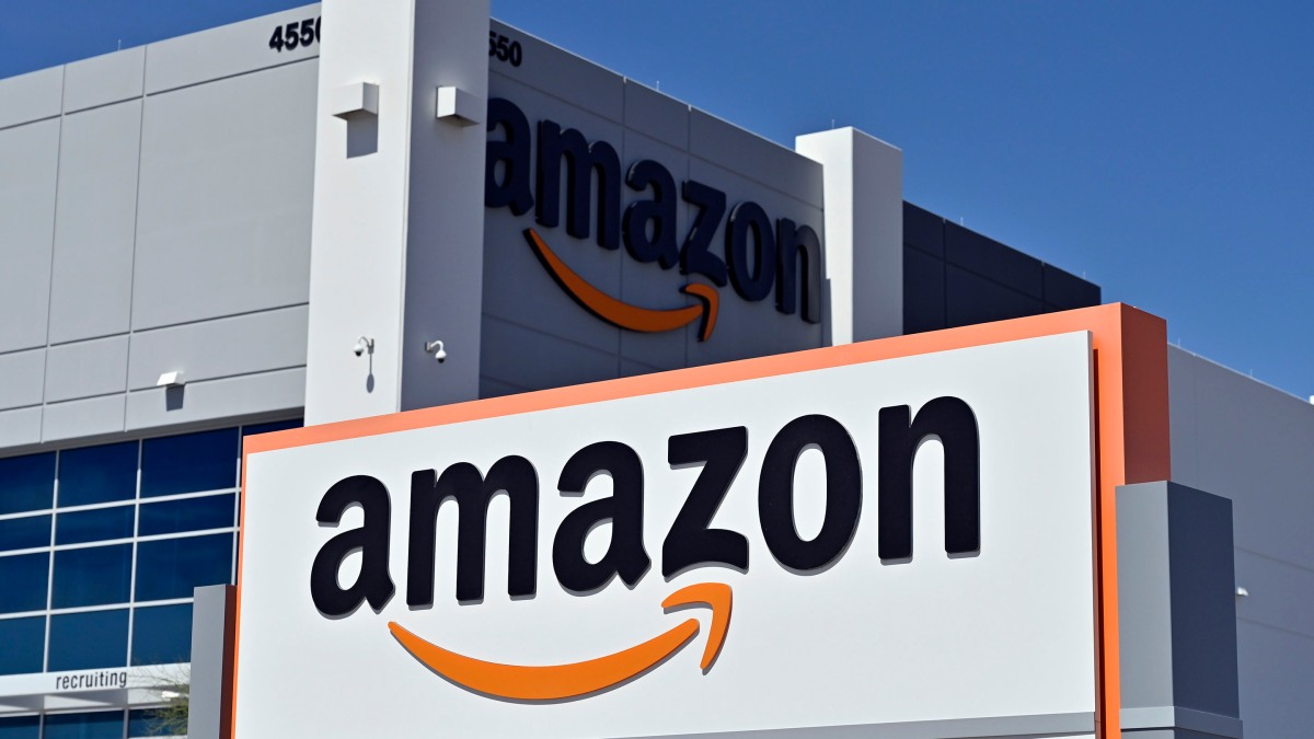 Let's talk about the big Amazon labor story. No, the other one. - Marketplace
