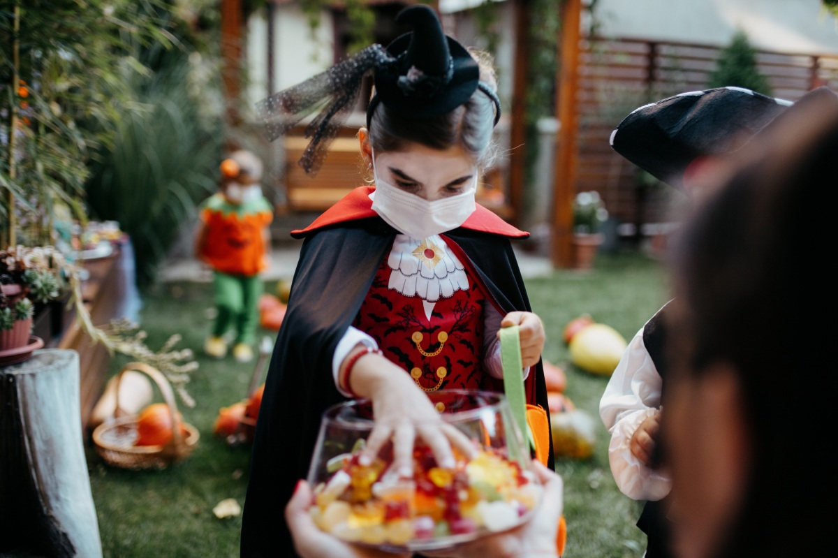 How COVID-19 is changing Halloween plans this year - Marketplace