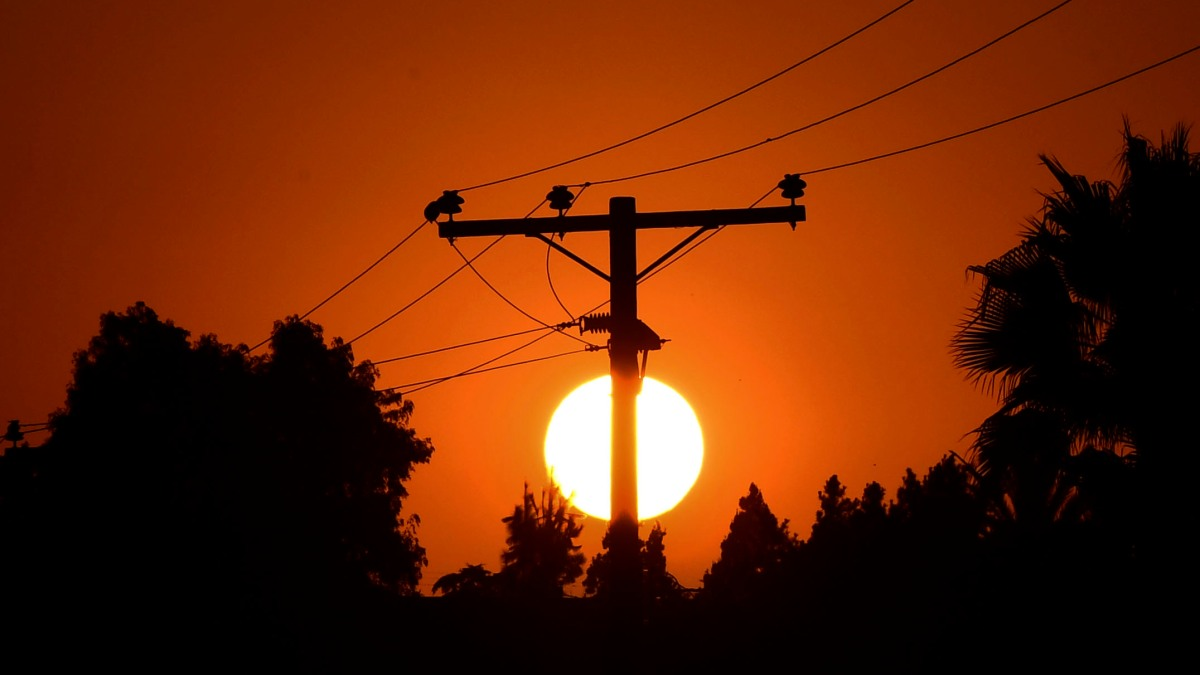 A heat wave in the West is putting stress on power grids - Marketplace