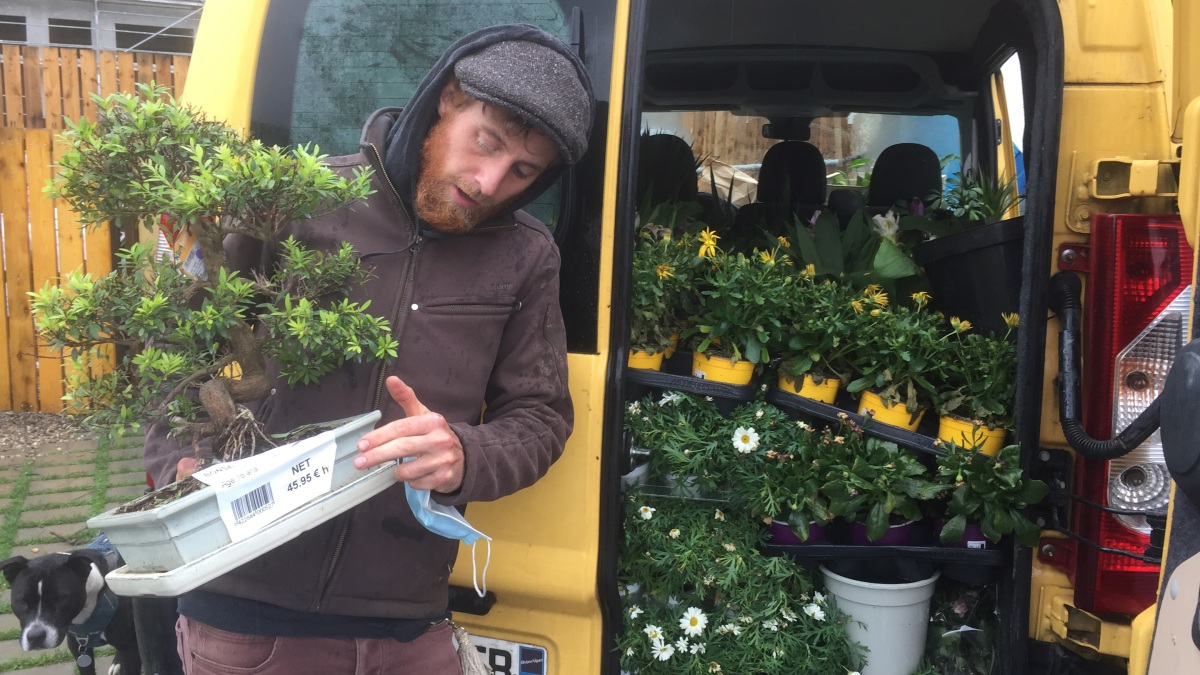 This French gardener saves and sells abandoned plants - Marketplace