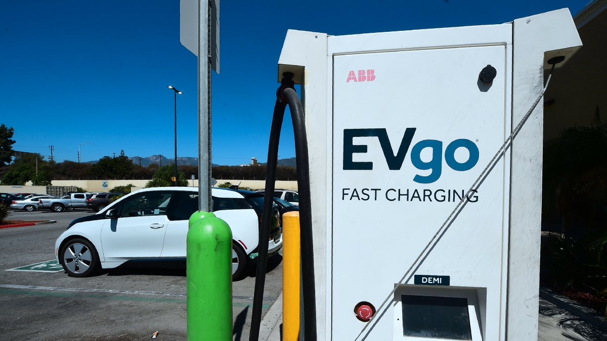 When it comes to electric car charging, it's all about location, location, location - Marketplace